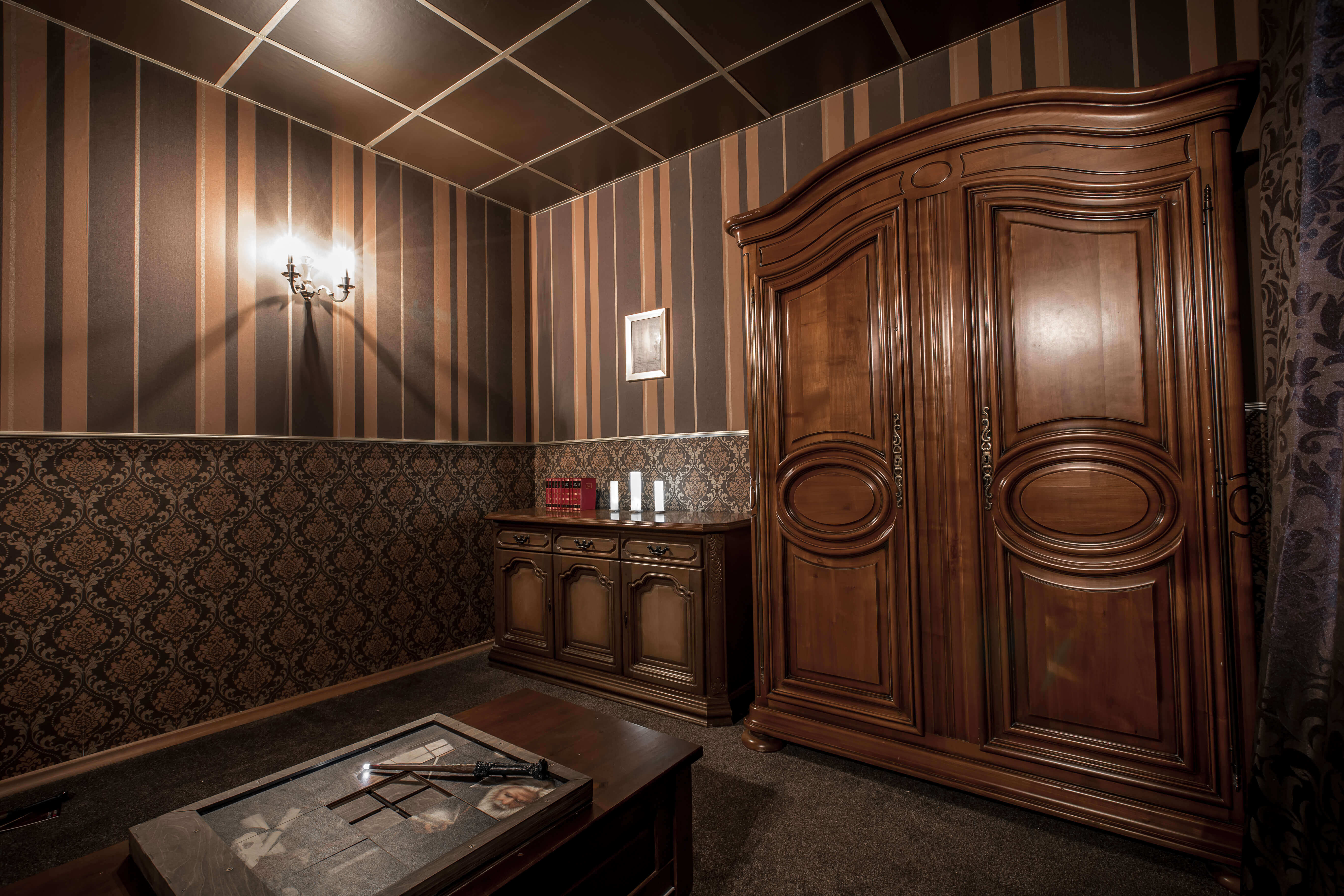 The Wizard S Cabinet Live Escape Room At Labyrintoom Berlin